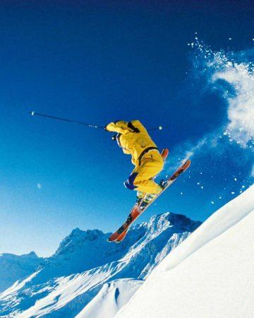 滑雪 Skiing
